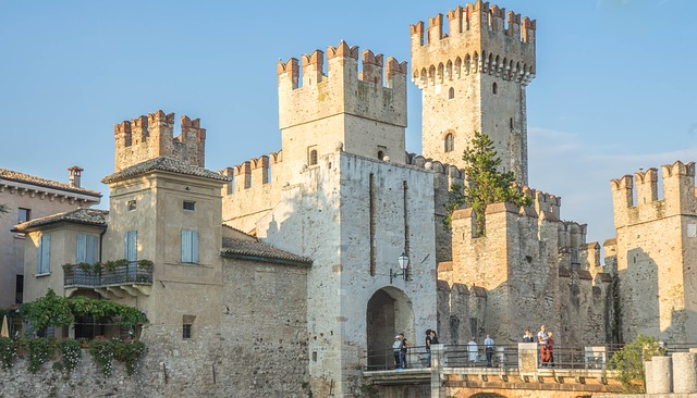 sirmione scaliger castle